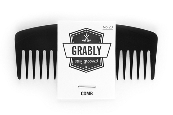 upstairs-shop-grably-comb-vinyl-records-hair-accessory-designboom-03